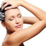 мыть голову бальзамом для волос