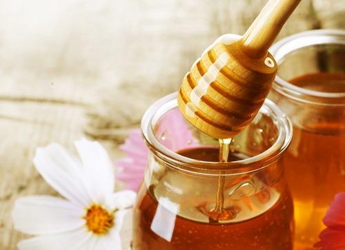 Как применять мёд для роста волос в домашних условиях