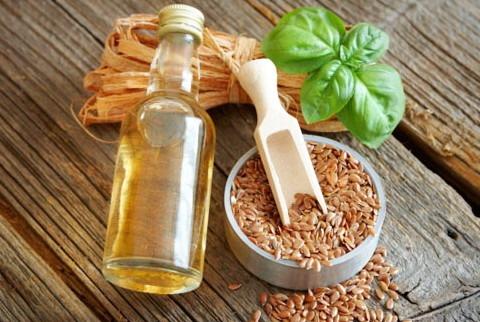 Льняное масло и семена льна для волос
