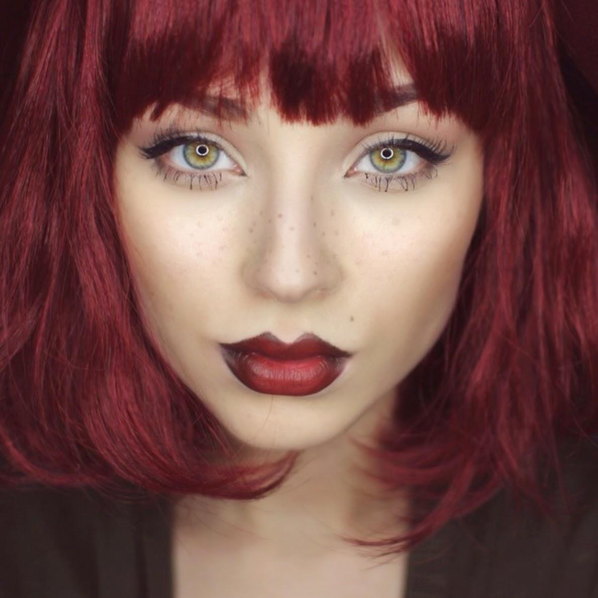 какой цвет волос выделяет зеленые глаза